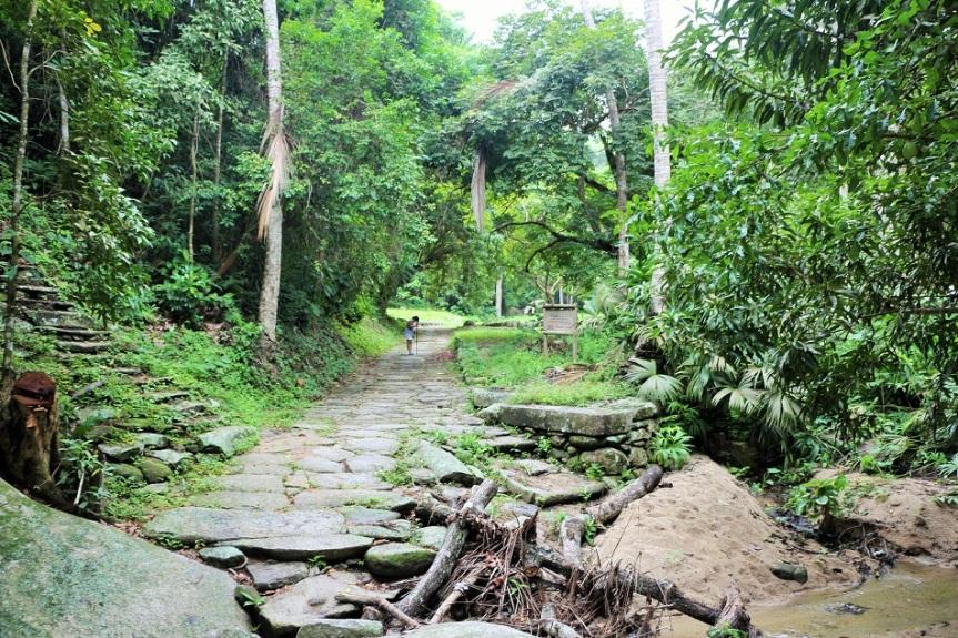 10-tayrona-playas-de-arrecifes-parques-naturales-senderos