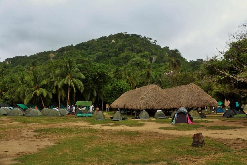 15-tayrona-playas-de-arrecifes-parques-naturales-senderos