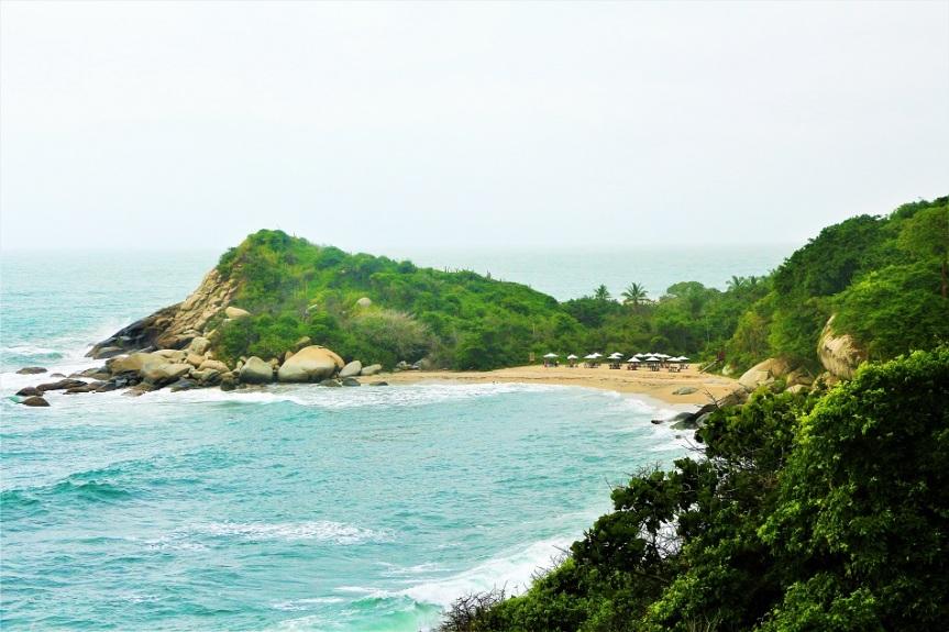 18-tayrona-playas-de-arrecifes-parques-naturales-senderos