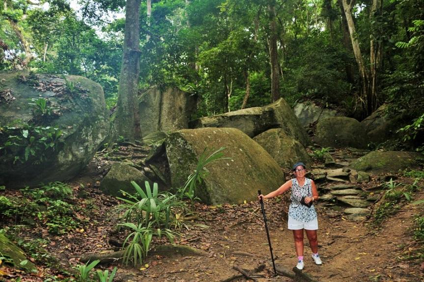 7-tayrona-playas-de-arrecifes-parques-naturales-senderos