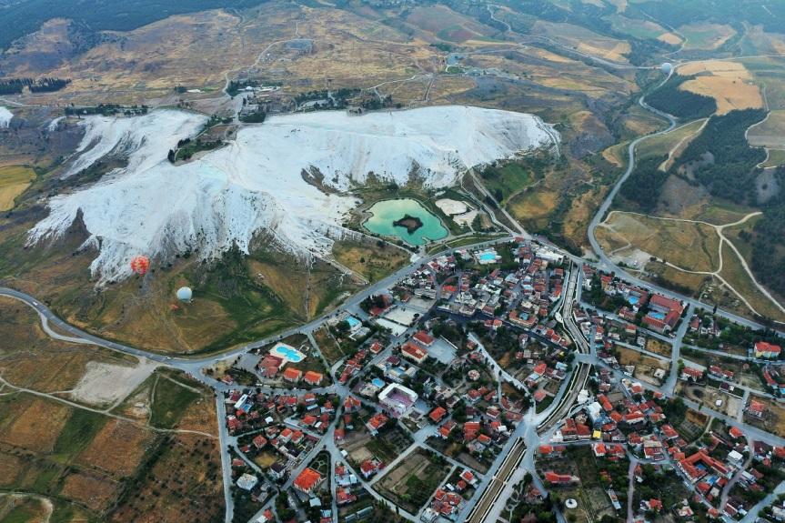 Pamukkale, Efesos, Ismirna y la  pequeña Isla GriegaChios