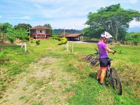 santiago-finca-altomira-paseos-en-bicicleta